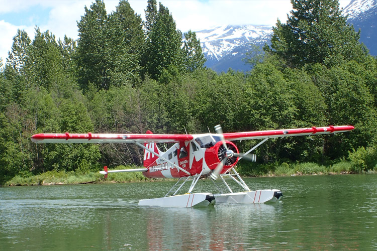 Harbour Air plane coming in to land at Whistler's Green Lake. PHOTO EMILY SMITH
