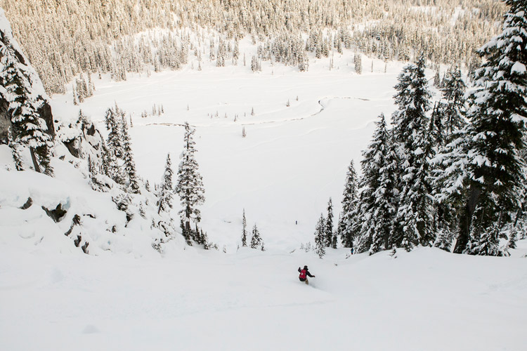 Backcountry snowboarding in the Callaghan