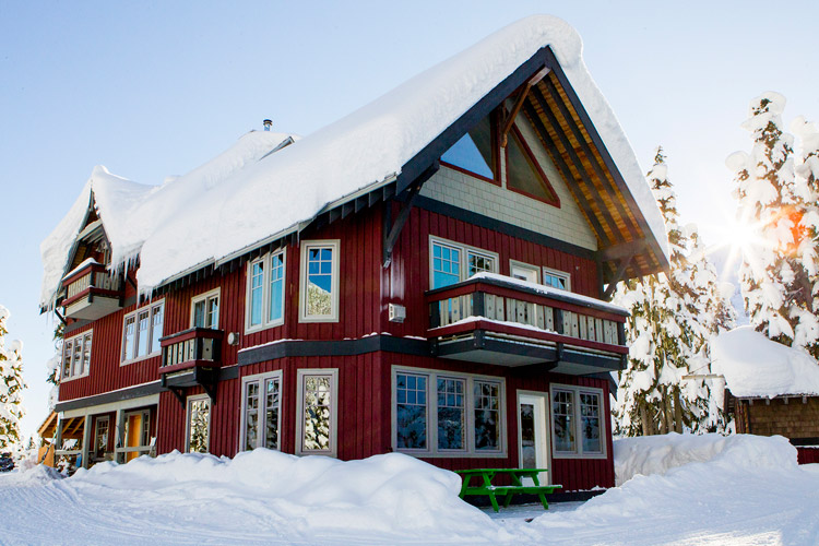 Journeyman Lodge in Whistler