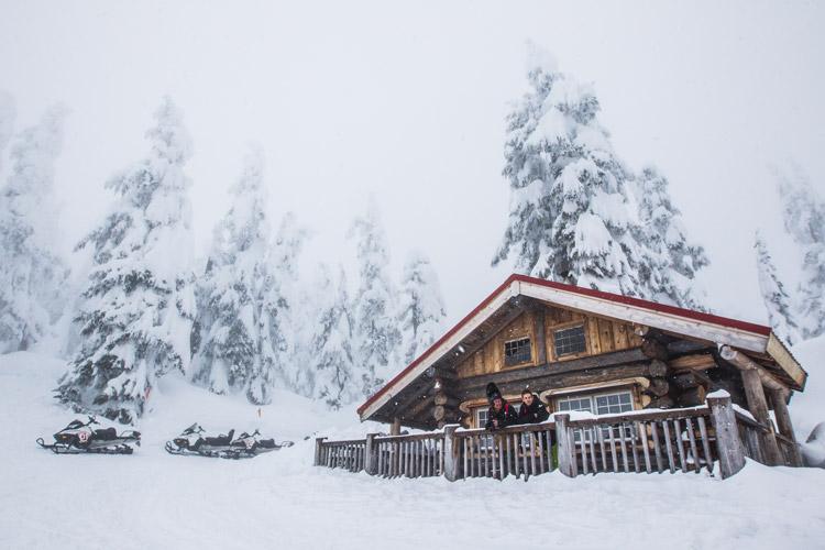 Canadian Wildneress Adventure Cabin
