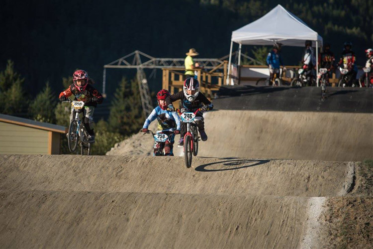 Little rippers out of the start gate in Whistler. PHOTO SUPPLIED BY WBMX