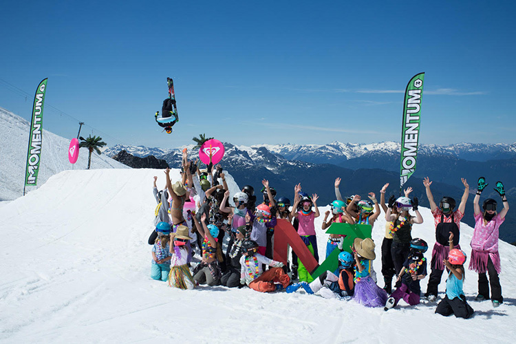 Group of kids having fun at Momentum Ski and Snowboard Camps