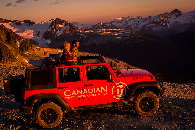 Fall sightseeing on a Jeep sunset tour in Whistler